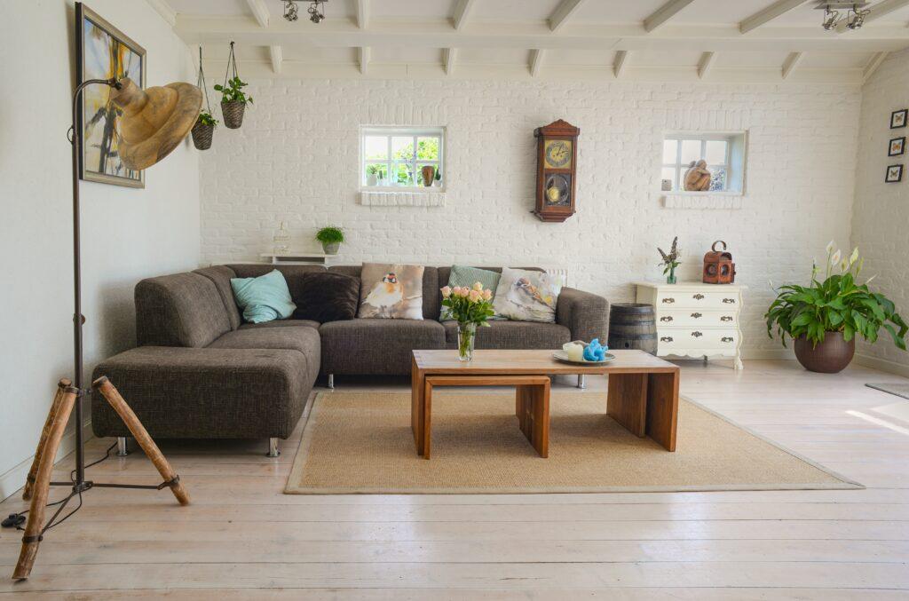 Gri L koltuk, oturma odası dekor, Küçük oda dekorasyonu püf noktaları