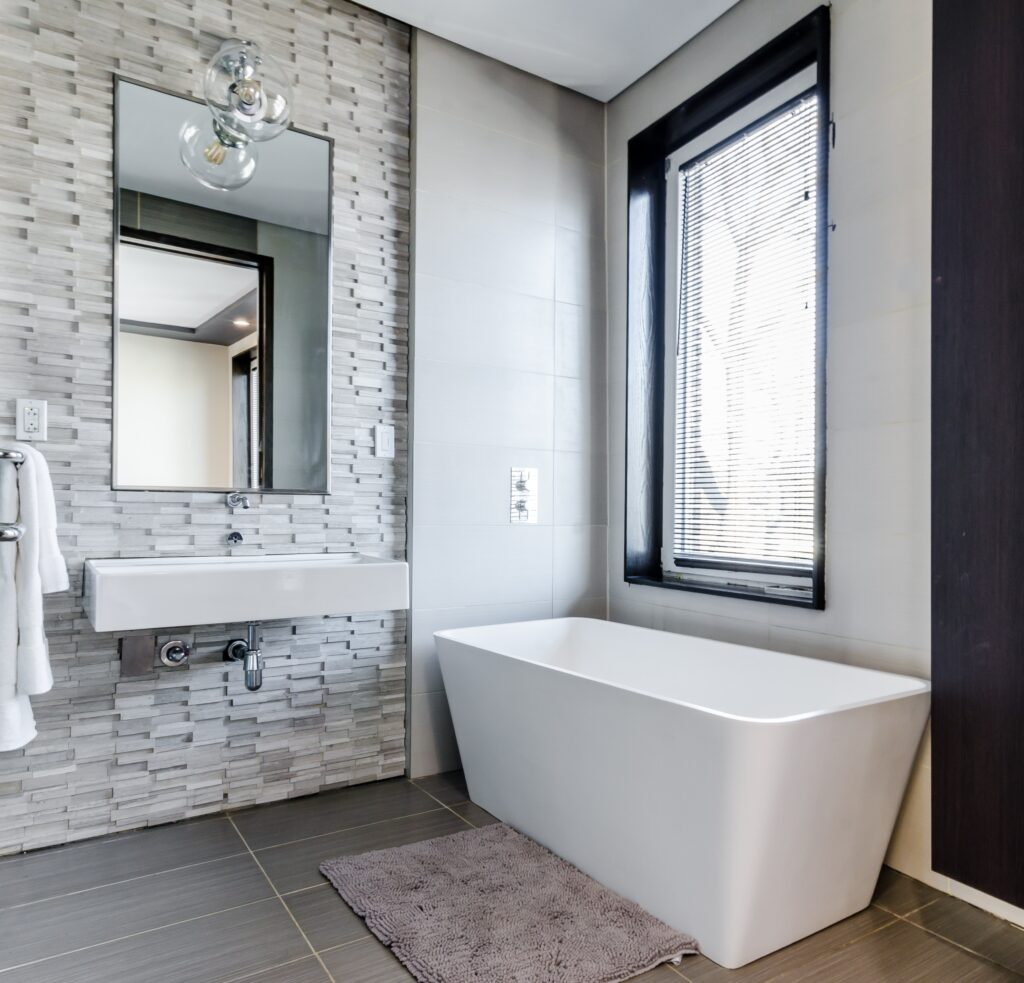 beyaz küvet, Küçük Banyo Dekorasyon
