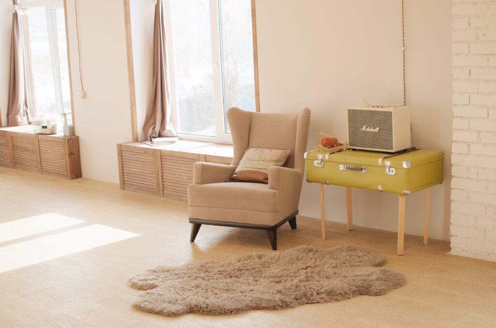 Pastel Tonlar dekor, pembe koltuk, İç Dekorasyon